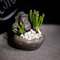 Бетонная ваза «Горилла»