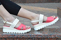 """Босоножки, сандали на платформе женские цвет белый, """"пудра"""", легкие, на пряжке 2017. Со скидкой"""