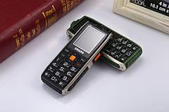 UHANS V5 Green Army 2 SIM, яркий фонарик, громкий динамик, функция Power Bank 2500 мАч, фото 2
