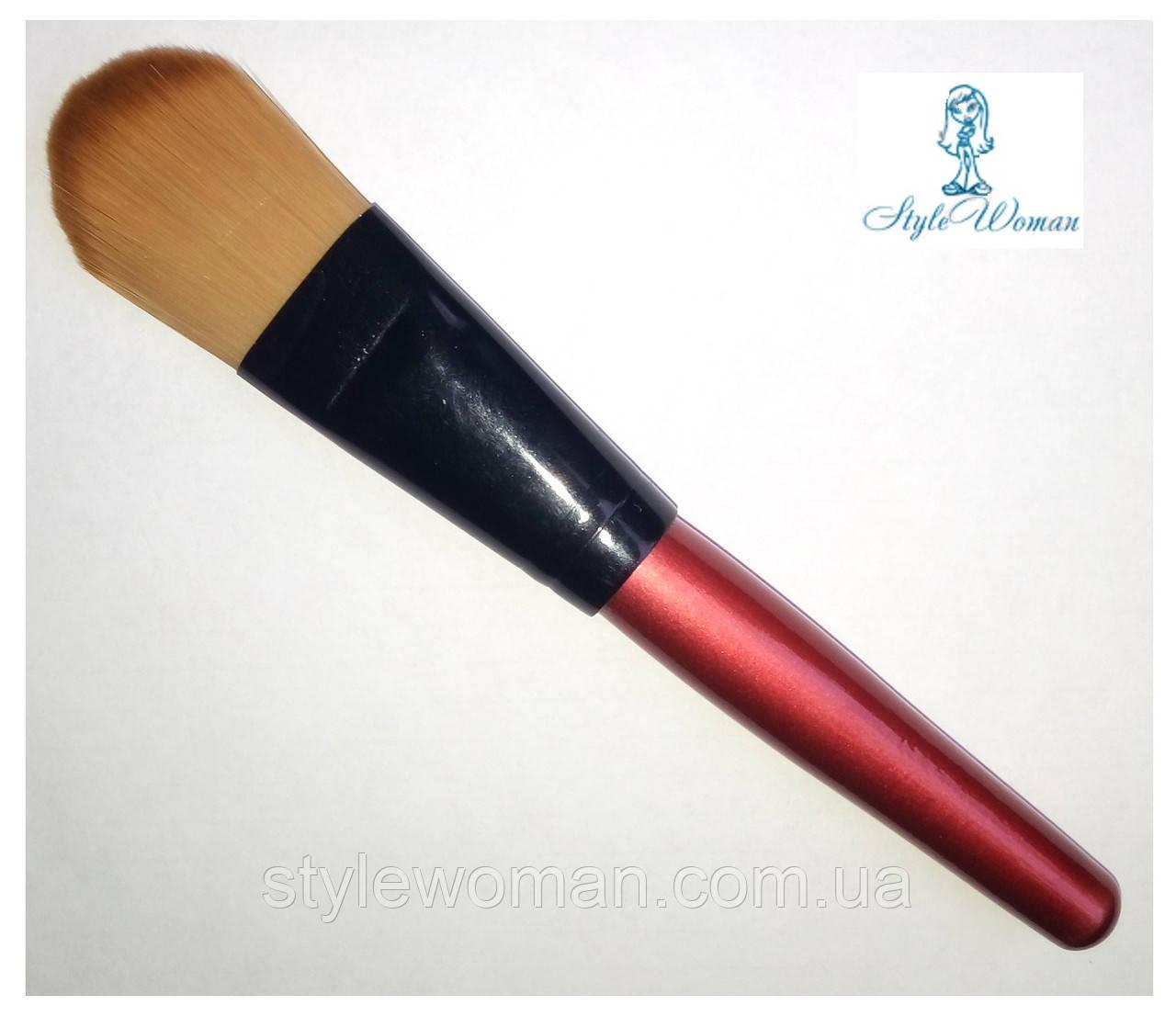 Кисть для нанесення пудри з дерев'яною ручкою