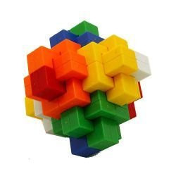 Головоломка Крест пластмассовая разноцветная.