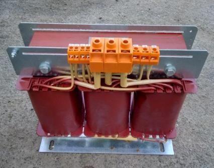 Трехфазный автотрансформатор 10 кВА 380/120/32В