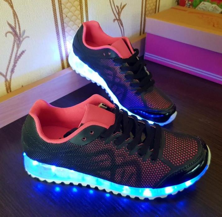 Женские светящиеся LED кроссовки. 35 - 36 размер