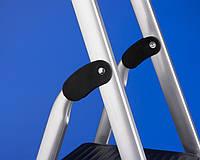 Лестницы и стремянки SVELT Односторонняя бытовая стремянка SVELT CASA PLUS 6 ступеней