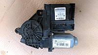 Блок электронный управ. стеклоподъемниками перед прав 32 пина VW Caddy III