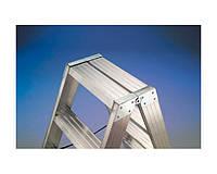 Лестницы и стремянки SVELT Двусторонняя стремянка-табурет SVELT PUNTO 4 ступени