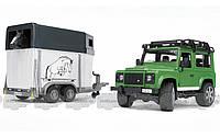 Bruder Игрушка - джип Land Rover Defender с прицепом для перевозки лошадей + лошадка, М1:16 () (02592)