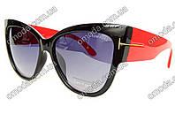 Женские солнцезащитные очки в стиле Tom Ford черные с красными дужками