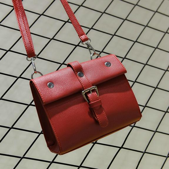 Стильная женская сумочка через плечо