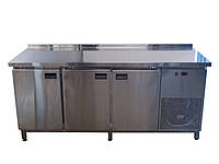 Стол охлаждаемый 3 дверный для профессиональных кухонь