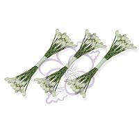 Тычинки двусторонние матовые - Круглые крупные белые на зеленой нити, длина 65 мм, диаметр 3 мм, 23-25 шт