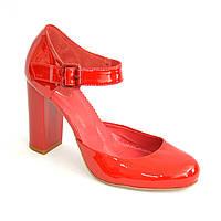 Женские красные лаковые туфли на высоком каблуке.39 размер