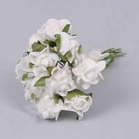 Бутоньерка Розочки белые  2см латексные цветы