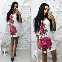 Повседневное платье выше колен с цветком