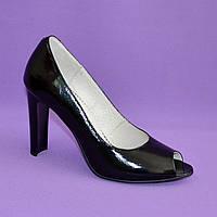 Туфли черные лаковые женские на высоком каблуке. 39,40 размеры