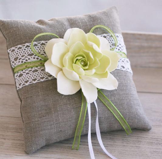 Весільна подушечка для кілець