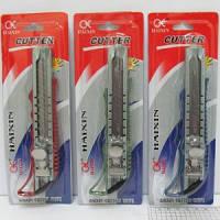 Нож канцелярский N5675 металлический (18 мм.) микс цветов/блистер