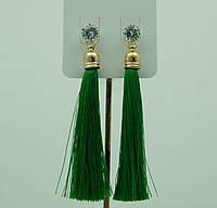 Продуманные зеленые серьги кисточки 2199