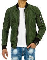 Куртка мужская демисезонная с отделанными трикотажем воротником манжетами и планкой   низа  Бомбер зеленый  XL