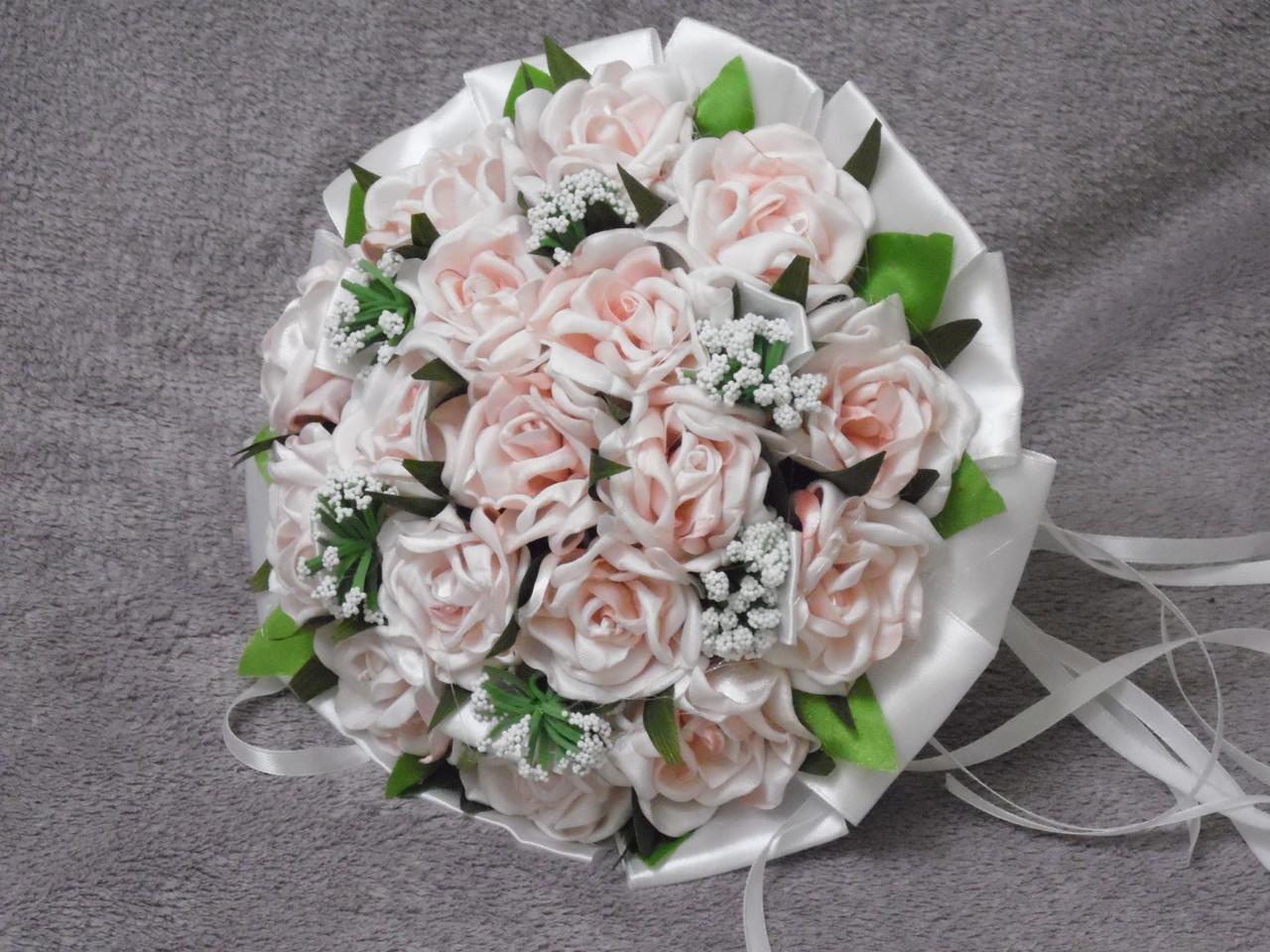 Свадебный букет-дублер из персиковых роз