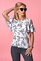 Модная блузка с широкими воланами