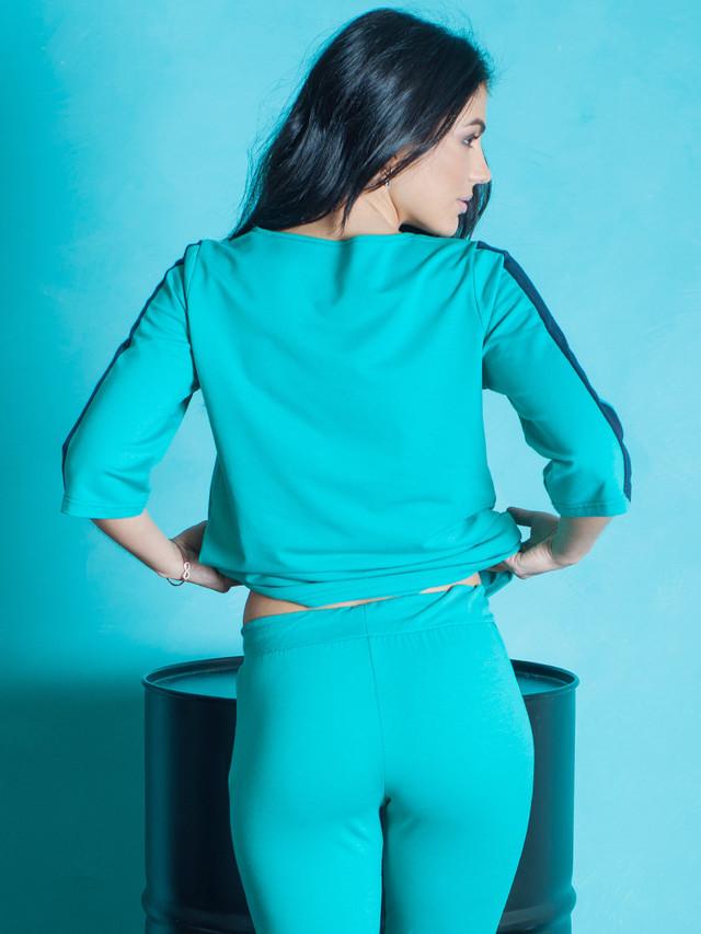 Купить женский стильный спортивный костюм доставка