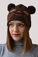 Модная зимняя шапка с понпоном