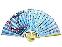"""Веер настенный """"Сакура с бамбуком на голубом фоне с иероглифами"""" шелк 90см (25104)"""