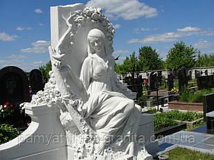 Скульптура девушки из мрамора № 3