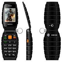 Servo V7, 3 SIM, 3000 мАч, PowerBank, MP3, видео-плеер, фонарик. Противоударный телефон раскладушка!