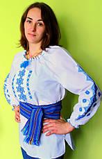 Женская вышитая блуза крестиком на белом хлопке с красным узором, фото 3