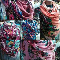 Стильный женский шарф в аркий цветочный принт