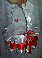 Свадебная корзинка для разбрасывания лепестков роз, конфет, монет (красная)