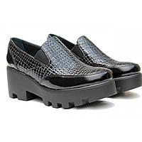 Туфли лакированные из натуральной кожи со змеиным узором
