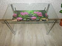 Стеклянный стол с полочкой