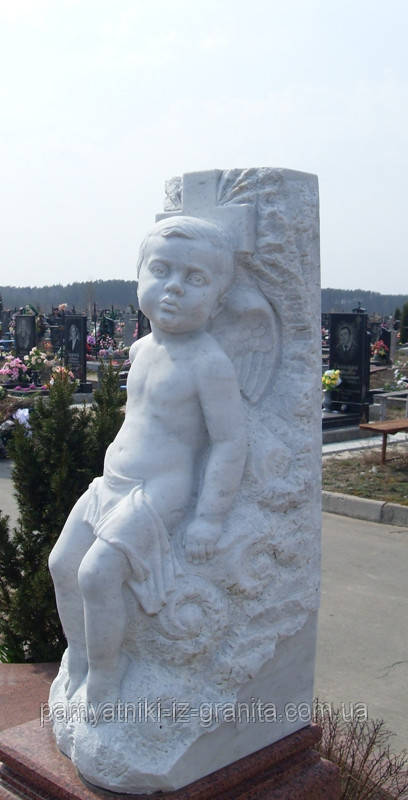 Скульптура мальчика из мрамора № 24