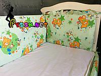 """Защита для детской кроватки 120х60 см, """"Мишки пчелки"""" зеленая, фото 1"""