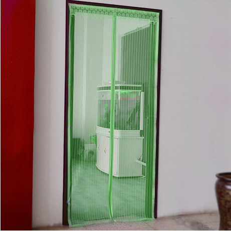 Дверная антимоскитная сетка на магнитах зеленая