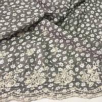 Штапель с вышивкой и мелкими белыми цветочками на оливковом фоне, фото 1