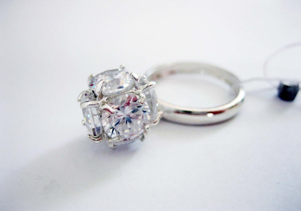 Серебряное кольцо Шарик 16,5 размер