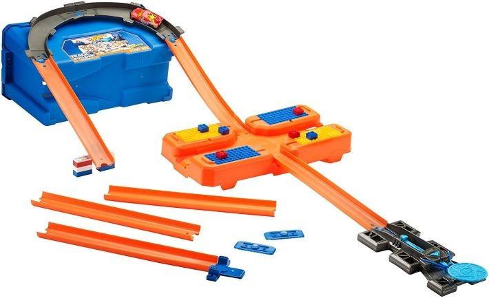 Трек Хот Вилс Hot Wheels Стартовый набор для трюков Builder Stunt Box