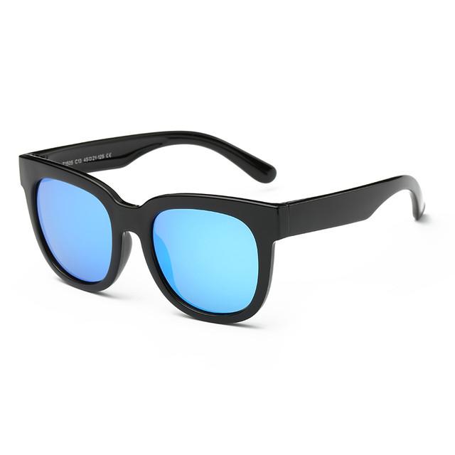 Солнечные очки для детей: готовимся к лету