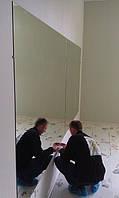 монтаж зеркал с травмозащитной плёнкой в детском центре