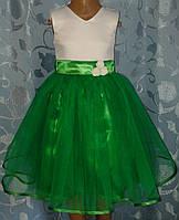 Нарядное детское платье с зелёным фатином