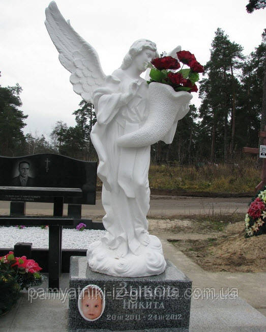 Скульптура ангела из мрамора № 22