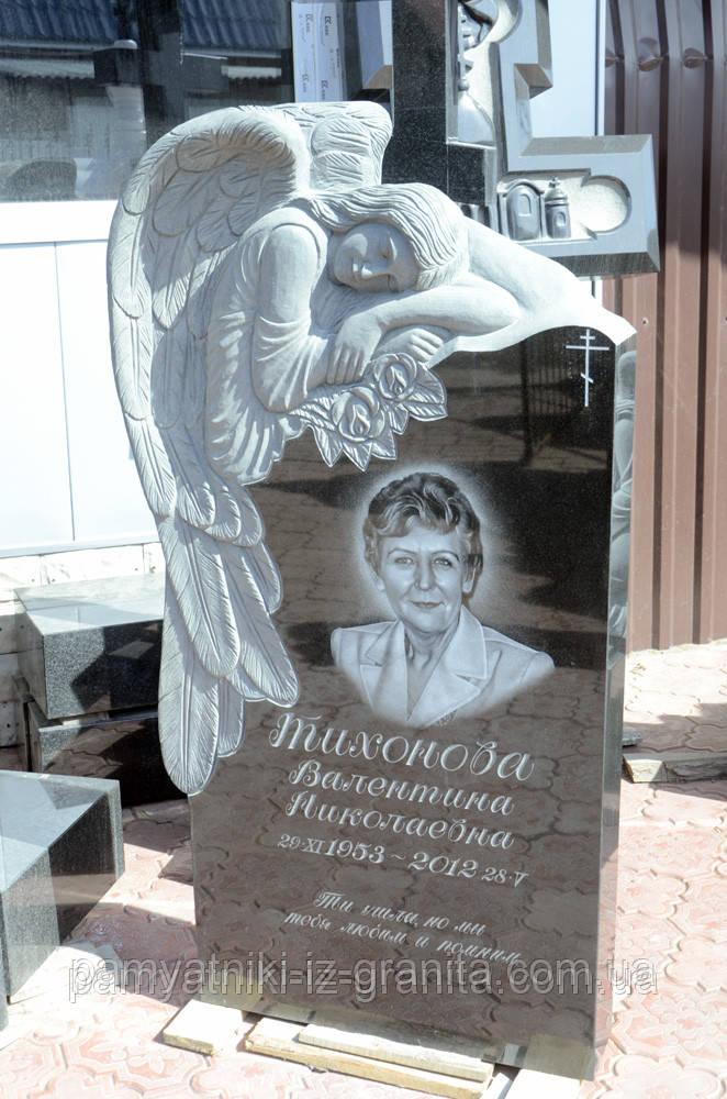 Скульптура барельеф ангела из гранита № 24