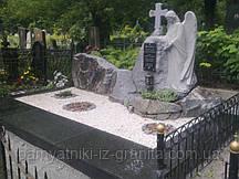 Скульптура ангела из гранита № 34