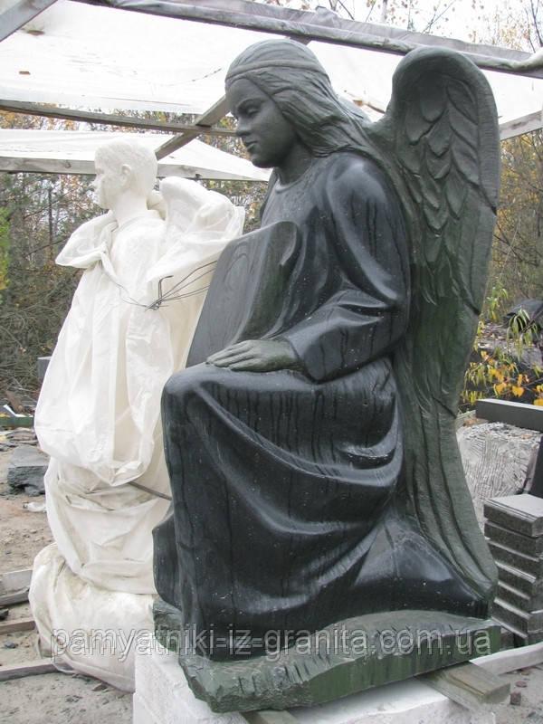 Скульптура ангела из гранита № 45