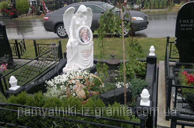 Скульптура ангела из мрамора № 47