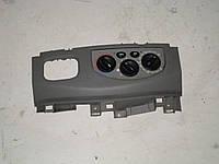 Блок управления печки и кондиционера Opel Vivaro (00-06) 1,9 дизель механика  (2004)